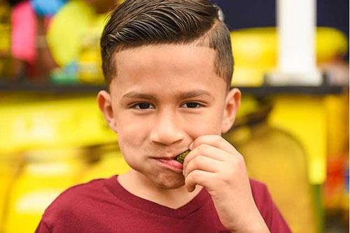 boy eating pickles 3.1